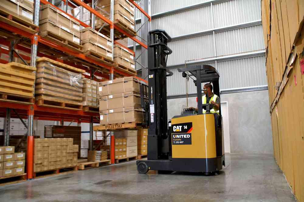 Cat NRF14CA reach truck at COPE transport