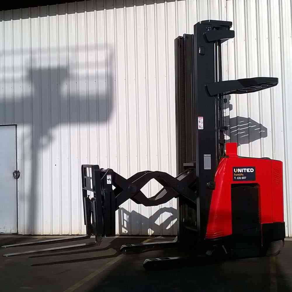 Used-Raymond-1.2T-Double-Reach-Truck