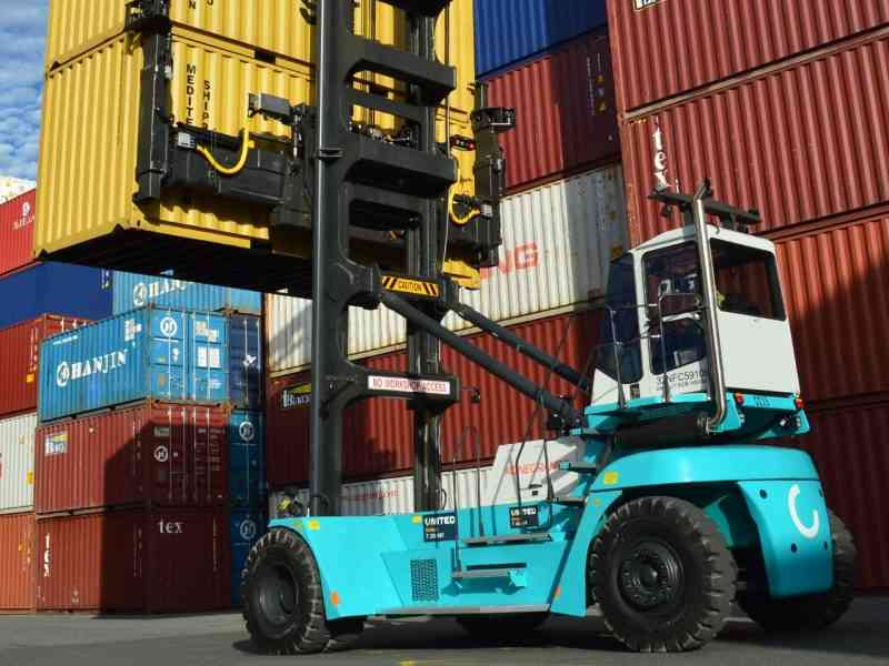 CC Container Chooses United Forklift and Access Solutions