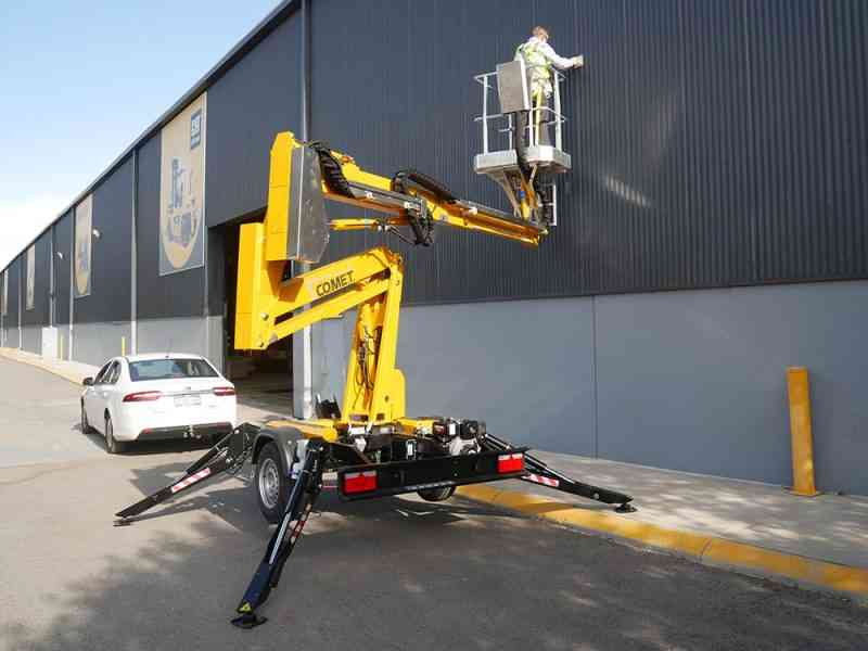 Compact Comet trailer mounted boom lift