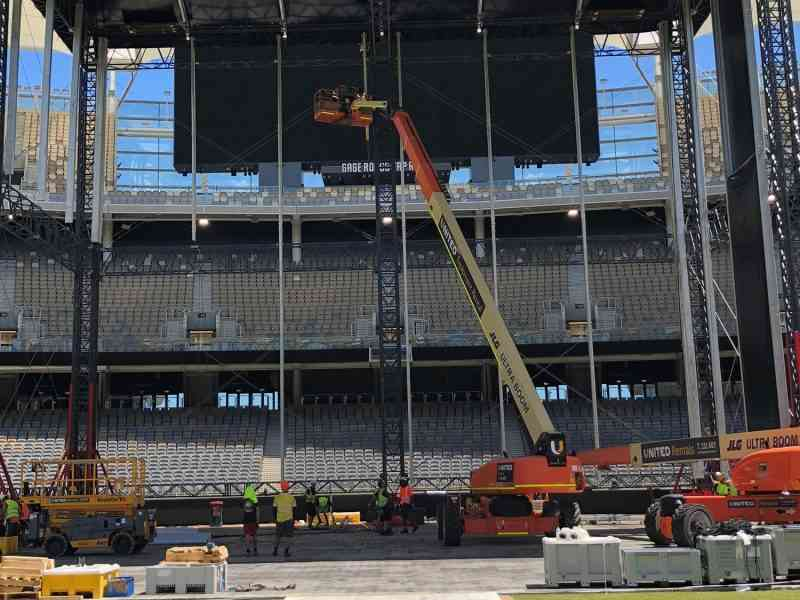 Ed Sheering stage being erected