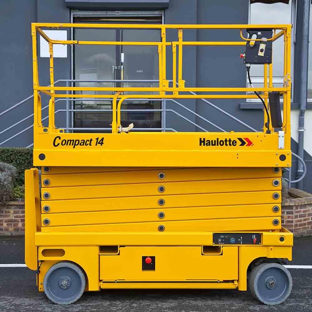 Haulotte Compact 14 scissor lift ...