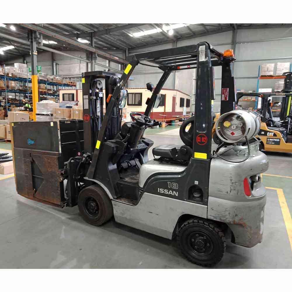 Nissan 2.5T Used LPG Forklift PL02A25U - Side view