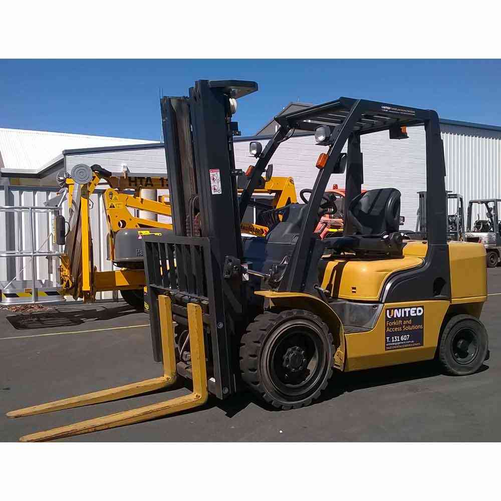 Nissan 3T Used Forklift YG1F2A30U - Profile view