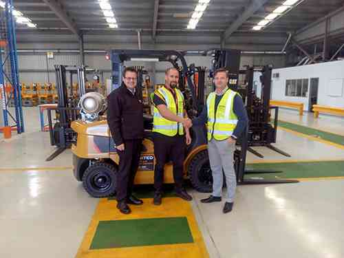 United Adelaide performs their first forklift sales handover to Auslift SA